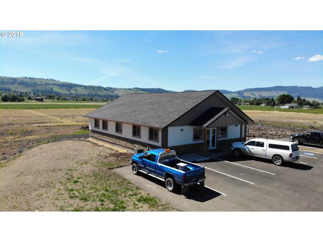 316 Antelope Dr, La Grande, OR 97850 (MLS #19076392) :: Premiere Property Group LLC