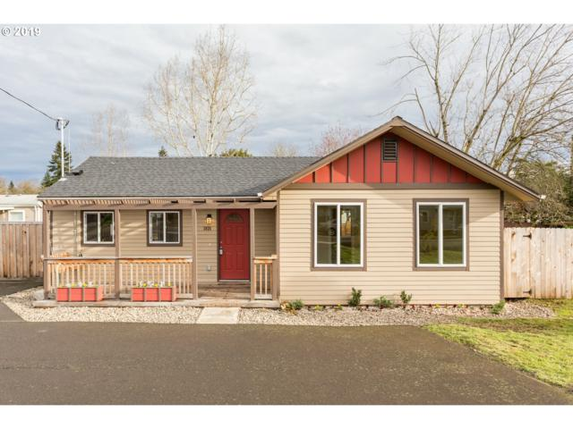 3024 SE 136TH Ave, Portland, OR 97236 (MLS #19079782) :: Hatch Homes Group