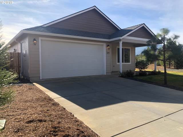 324 Cedar Ridge Dr, Cave Junction, OR 97523 (MLS #19082121) :: Song Real Estate