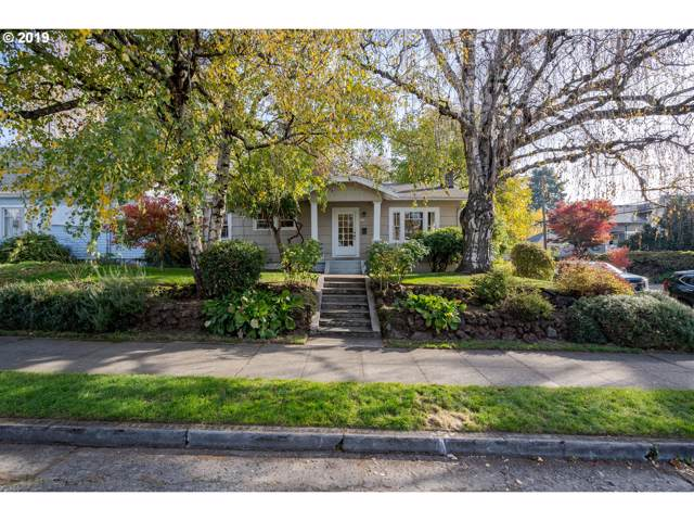 5204 N Gay Ave, Portland, OR 97217 (MLS #19083187) :: Gustavo Group