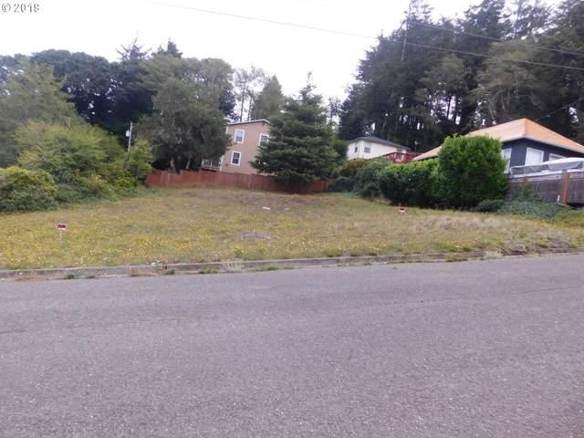 1220 N 7, Coos Bay, OR 97420 (MLS #19085813) :: Song Real Estate