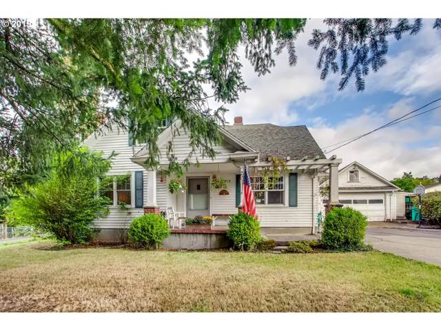 2715 SE Risley Ave, Milwaukie, OR 97267 (MLS #19085930) :: Skoro International Real Estate Group LLC