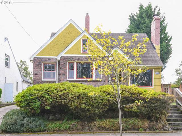 1324 N Russet St, Portland, OR 97217 (MLS #19087271) :: Song Real Estate