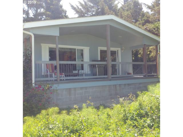 86 NW Spencer St, Yachats, OR 97498 (MLS #19088184) :: McKillion Real Estate Group