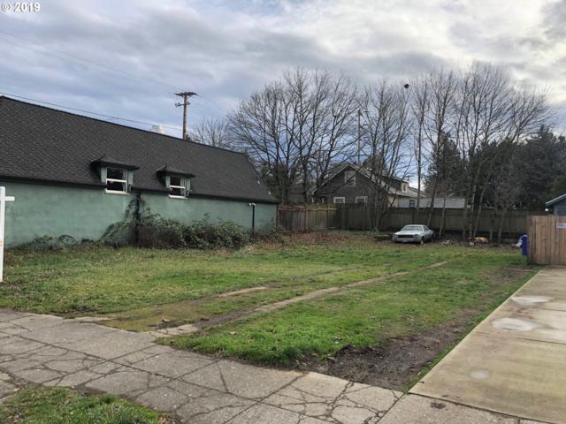 5242 NE Halsey St, Portland, OR 97213 (MLS #19088798) :: Fox Real Estate Group