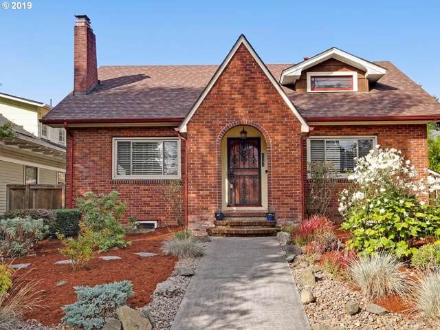 2343 NE 11TH Ave, Portland, OR 97212 (MLS #19088841) :: Skoro International Real Estate Group LLC