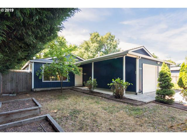 2520 NE Saratoga St, Portland, OR 97211 (MLS #19090285) :: R&R Properties of Eugene LLC