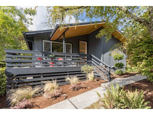 7617 SW 24TH Ave, Portland, OR 97219 (MLS #19090300) :: Next Home Realty Connection