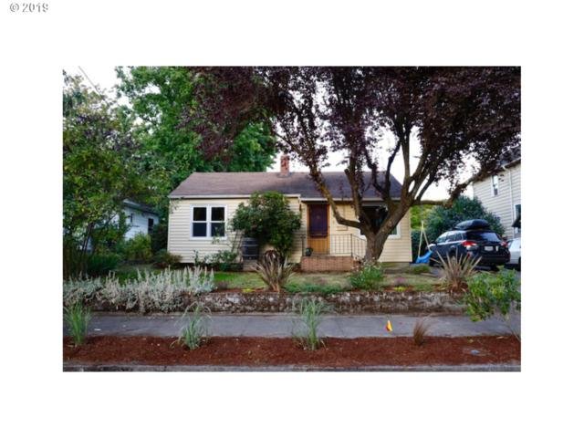 3374 SE 16TH Ave, Portland, OR 97202 (MLS #19091253) :: R&R Properties of Eugene LLC