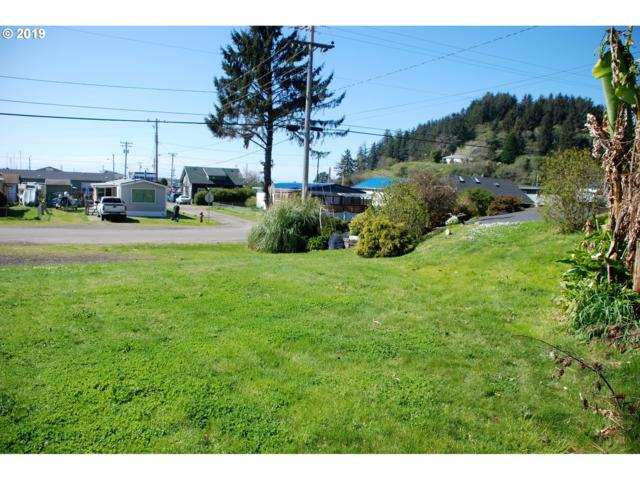 520 Broadway Ave, Winchester Bay, OR 97467 (MLS #19091281) :: TLK Group Properties