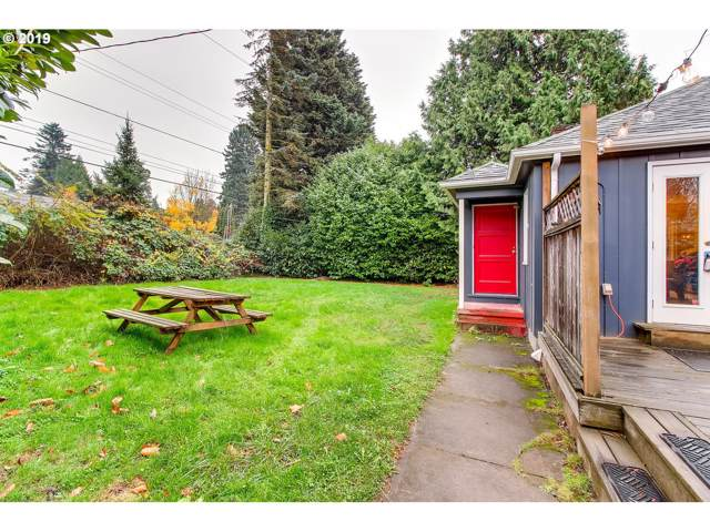 2935 NE 102ND Ave, Portland, OR 97220 (MLS #19096532) :: Townsend Jarvis Group Real Estate