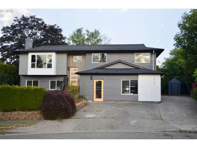 2428 SE Hudson Ct, Troutdale, OR 97060 (MLS #19101006) :: Matin Real Estate Group