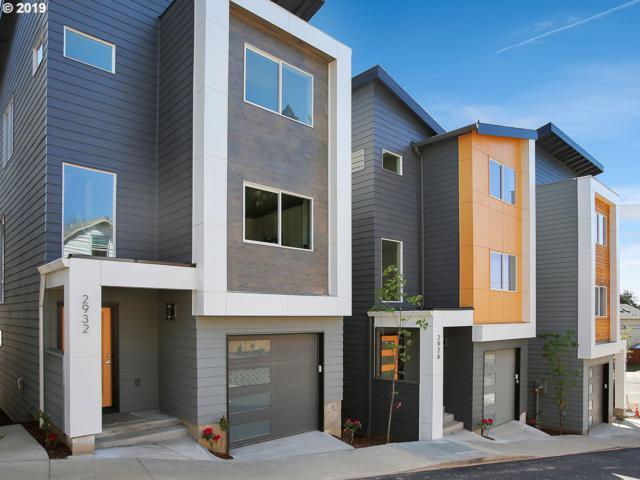 2932 SE 92, Portland, OR 97266 (MLS #19101688) :: McKillion Real Estate Group