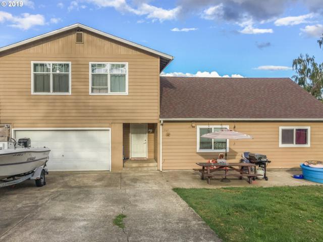 1563 NW Grove St, Roseburg, OR 97471 (MLS #19101863) :: R&R Properties of Eugene LLC
