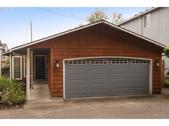 5944 SW View Point Ter, Portland, OR 97239 (MLS #19102294) :: Change Realty