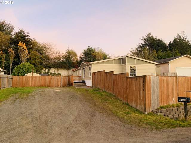 63437 Capitol Dr, Coos Bay, OR 97420 (MLS #19105100) :: Gregory Home Team | Keller Williams Realty Mid-Willamette