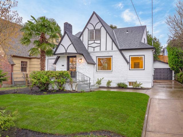 3223 NE Klickitat St, Portland, OR 97212 (MLS #19109243) :: The Liu Group
