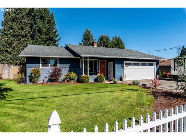 33701 SE Elm St, Scappoose, OR 97056 (MLS #19111052) :: Brantley Christianson Real Estate