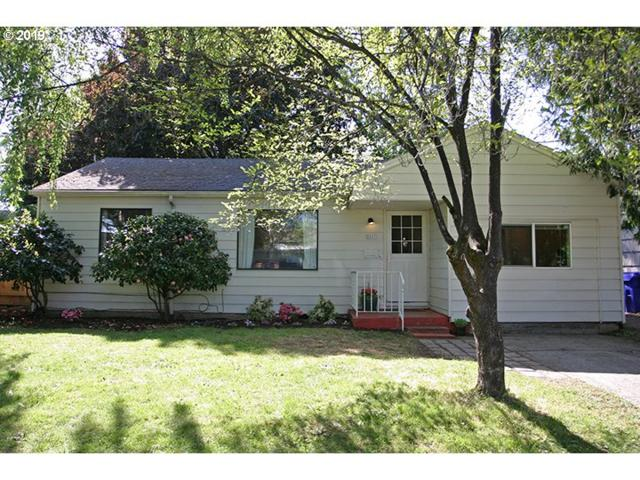 3161 SE 81ST Ave, Portland, OR 97206 (MLS #19112924) :: Townsend Jarvis Group Real Estate