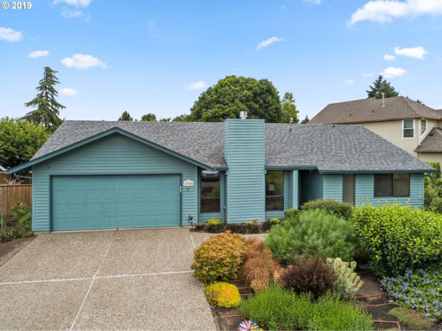 10908 SW 118TH Ct, Tigard, OR 97223 (MLS #19113753) :: Homehelper Consultants