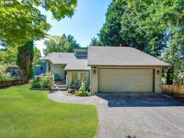4625 SW Flower Pl, Portland, OR 97221 (MLS #19113987) :: Fox Real Estate Group