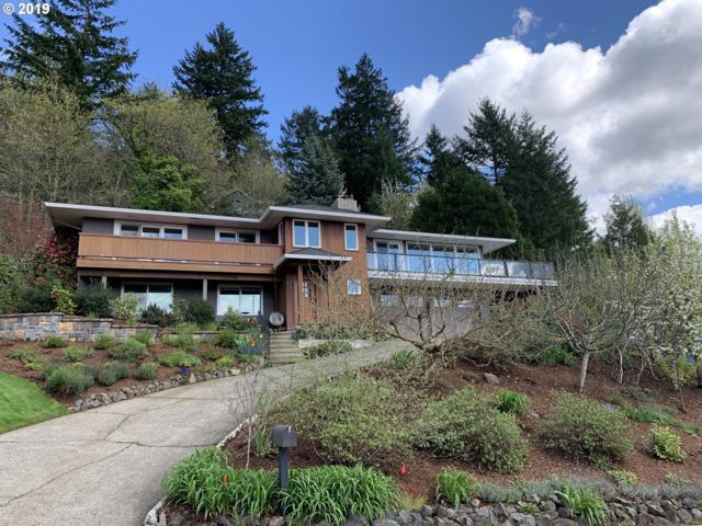 2422 SW Seymour Dr, Portland, OR 97239 (MLS #19114371) :: Fox Real Estate Group