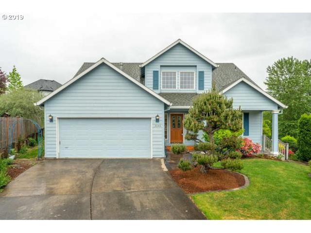 2040 SW Sunrise Cir, Troutdale, OR 97060 (MLS #19116654) :: Change Realty