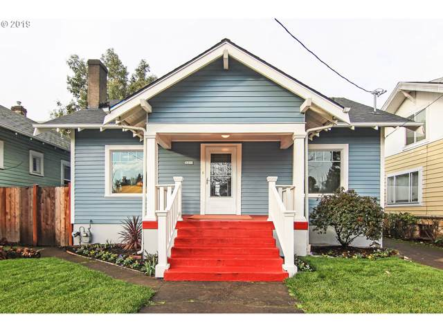 3211 SE 22ND Ave, Portland, OR 97202 (MLS #19119171) :: McKillion Real Estate Group