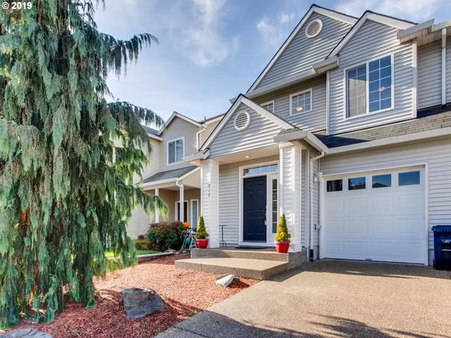 717 SW Sosa Pl, Aloha, OR 97003 (MLS #19120357) :: Gregory Home Team | Keller Williams Realty Mid-Willamette