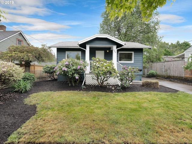 1424 SE Ogden St, Portland, OR 97202 (MLS #19122229) :: Townsend Jarvis Group Real Estate
