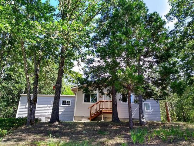 3220 Robertson Bridge Rd, Grants Pass, OR 97526 (MLS #19123301) :: Premiere Property Group LLC