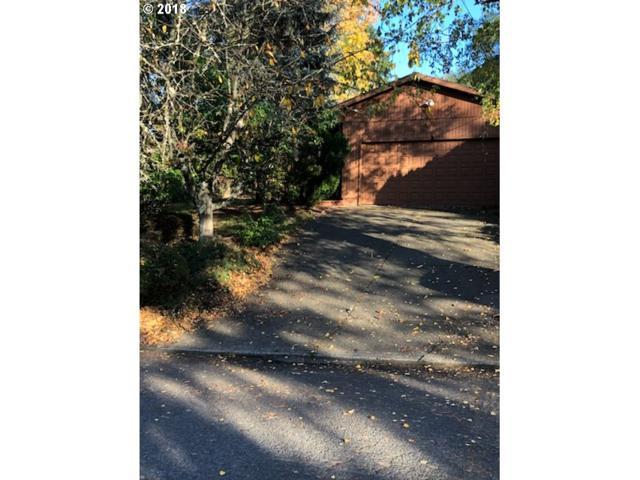 9604 SW 50TH Ave, Portland, OR 97219 (MLS #19124139) :: Homehelper Consultants