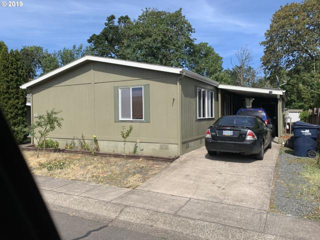 700 N Mill St Space 40 #40, Creswell, OR 97426 (MLS #19125057) :: The Galand Haas Real Estate Team