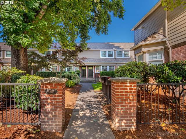 2555 NW Savier St #2, Portland, OR 97210 (MLS #19126873) :: Next Home Realty Connection