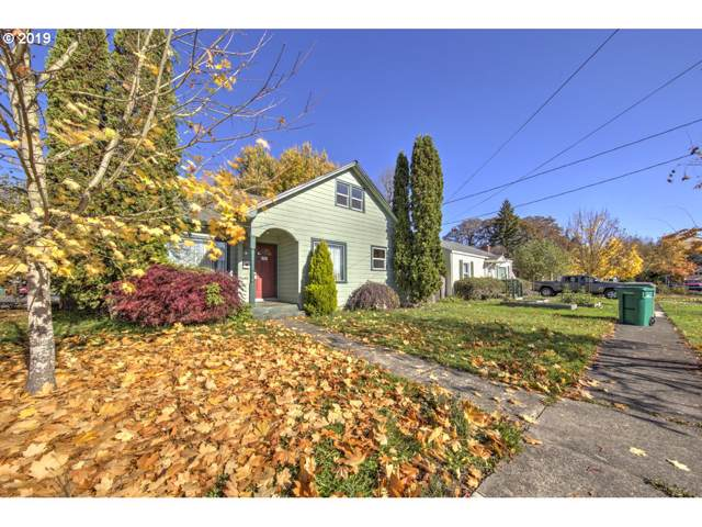 1301 E 5TH St, Newberg, OR 97132 (MLS #19127502) :: Next Home Realty Connection