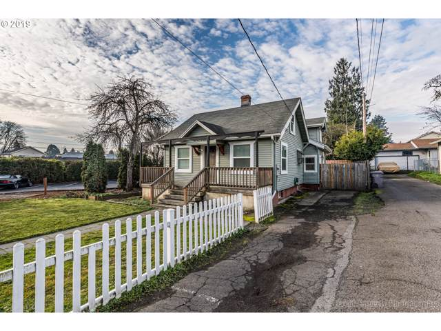 2741 SE 87TH Ave, Portland, OR 97266 (MLS #19129874) :: Townsend Jarvis Group Real Estate