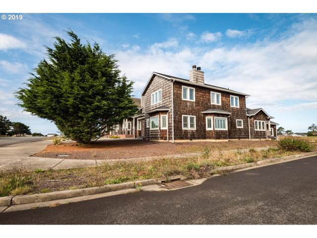608 Seabird Dr, Bandon, OR 97411 (MLS #19132361) :: Cano Real Estate