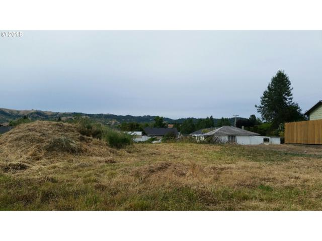 125 Jensen Ct, Roseburg, OR 97471 (MLS #19138095) :: McKillion Real Estate Group