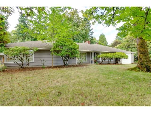 586 SW Palatine Hill Rd, Portland, OR 97219 (MLS #19138649) :: McKillion Real Estate Group