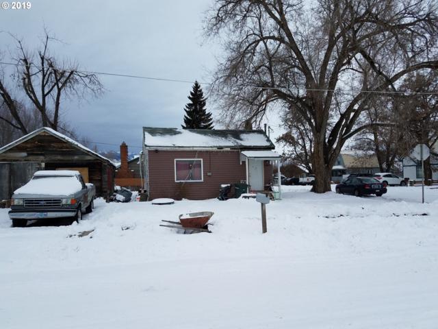 1609 Jackson Ave, La Grande, OR 97850 (MLS #19138904) :: McKillion Real Estate Group