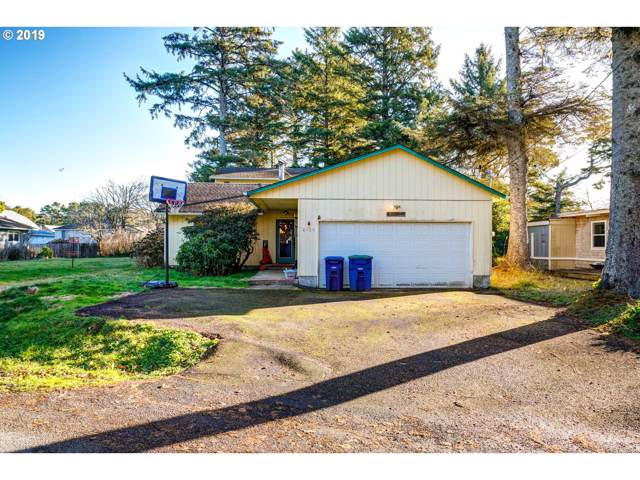 6820 Salal Ave, Gleneden Beach, OR 97388 (MLS #19144671) :: Cano Real Estate