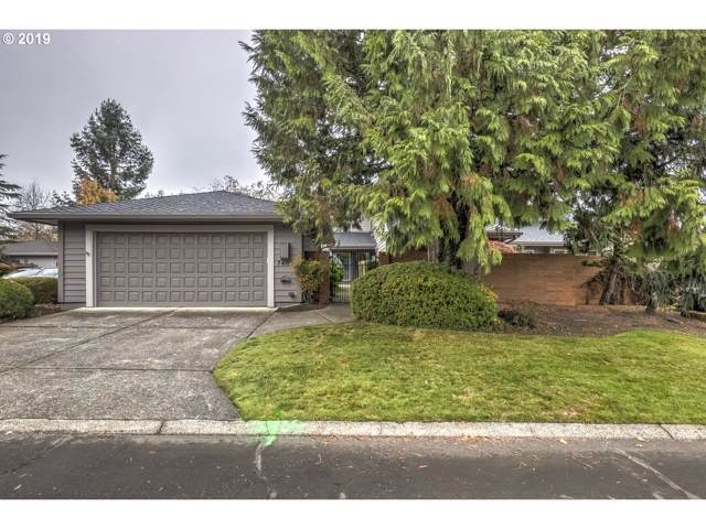 7465 SW Greens View Ct, Wilsonville, OR 97070 (MLS #19144993) :: Matin Real Estate Group