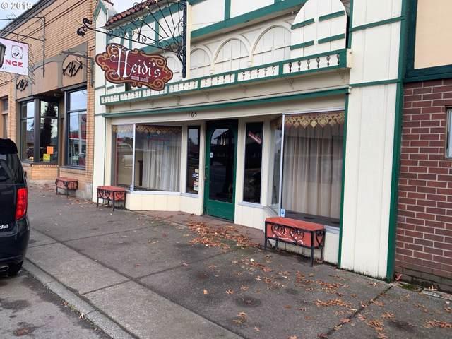 165 N Main St, Mt. Angel, OR 97362 (MLS #19145961) :: Change Realty
