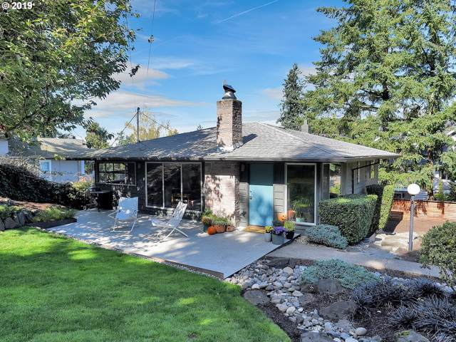 7615 SW 35TH Ave, Portland, OR 97219 (MLS #19150935) :: The Liu Group