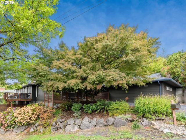 2701 SW Hamilton St, Portland, OR 97239 (MLS #19152398) :: McKillion Real Estate Group