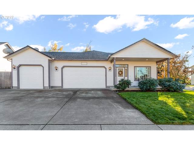 827 Yoss Pl, Cottage Grove, OR 97424 (MLS #19152913) :: Gregory Home Team | Keller Williams Realty Mid-Willamette