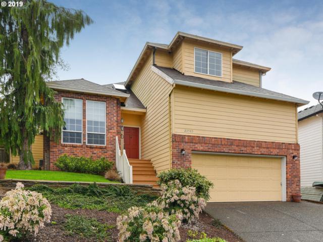 22585 SW 87TH Pl, Tualatin, OR 97062 (MLS #19153194) :: Matin Real Estate Group