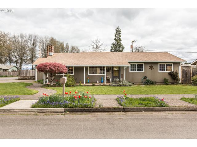 338 SW Laurel St, Junction City, OR 97448 (MLS #19156899) :: The Galand Haas Real Estate Team