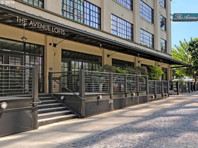 1400 NW Irving St #402, Portland, OR 97209 (MLS #19158003) :: The Liu Group