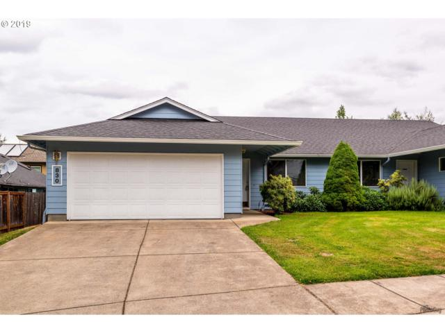 830 Benjamin Ave, Cottage Grove, OR 97424 (MLS #19159628) :: R&R Properties of Eugene LLC